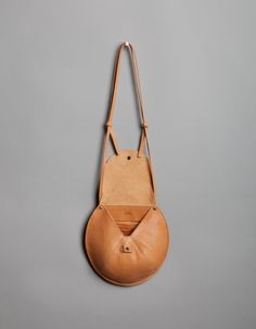 Miss Moss : Moving Mountains Tote Handbags, Leather Handbags, Leather Totes, Clutch Bags, Leather Purses, Couture Cuir, Designer Shoulder Bags, Leather Bags Handmade, Leather Projects