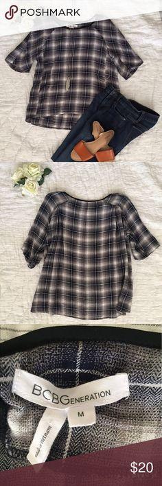 BCBGeneration plaid blouse (black/gray/white) Med BCBGeneration plaid blouse (black/gray/white) Medium. #bcbgeneration BCBGeneration Tops Blouses