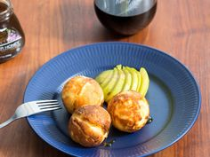 Æbleskiver with Pear and Blue Cheese (recipe in English from the Sweet-Sour-Savory blog)