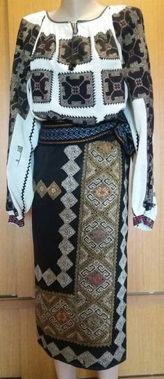 Discover recipes, home ideas, style inspiration and other ideas to try. Folk Costume, Costumes, Folk Embroidery, Traditional House, Easy Crafts, Most Beautiful, Style Inspiration, How To Make, Totes