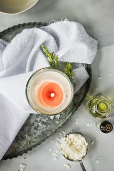 Here's everything you need to know to start making your own DIY essential oil candles. Learn which essential oils to use, how much to add and and when. Luxury Candles, Diy Candles, Making Candles, Candle Wax, Diy Arts And Crafts, Diy Crafts For Kids, Decor Crafts, Craft Ideas, Essential Oil Candles