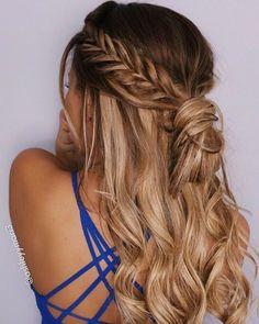 Braid half up half down hairstyle #'braidhairstyles'