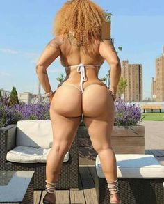 Nude tennis girl skirt