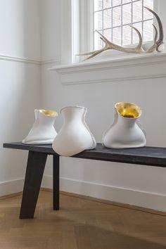 ceramics www.mo.co.nl Pottery Sculpture, Pottery Vase, Ceramic Pottery, Ceramic Clay, Porcelain Ceramics, Sculptures Céramiques, Art Diy, Paperclay, Ceramic Design