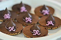Halloween witch's hat cookies