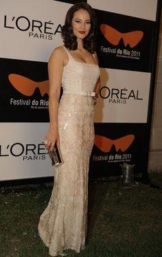 a4430cd93a7b9 21 mejores imágenes de Paola Oliveira   Celebs, Beauty y Celebrities