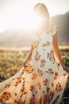 Free People: All I Got Printed Maxi Dress in Ivory Combo Modest Dresses, Pretty Dresses, Fashion Poses, Fashion Outfits, Lds, Dress Me Up, Modest Fashion, Get Dressed, Passion For Fashion