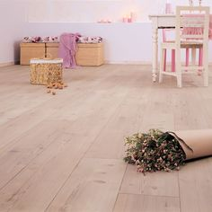 Berry Alloc lutad furu Swedish Design, Scandinavian Design, Wooden Flooring, Laminate Flooring, Berry Alloc, Online Architecture, Interior And Exterior, Interior Design, Kitchen Interior