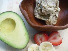 Healthy Ice Cream (no machine needed, no sugar). Bananas, avocado, strawberries, coconut oil