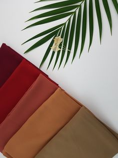 A selection of our chiffon hijabs in lovely autumn colours.