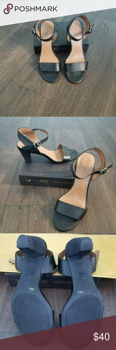 Adorable Lucky Brand heeled sandals EUC These gently worn lucky brand sandals paire well with both dresses and jeans! Very comfortable and versatile! Small scuffs at the tips of the toes as pictured in the last photo. Lucky Brand Shoes Heels
