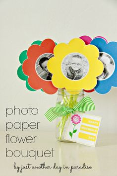 Cute Mother's Day gift idea! Photo Paper Flower Bouquet with printable gift tag! What a cute and simple gift the kids can make!