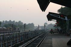 Madgaon Trainstation Goa India - by Maarten Meuleman