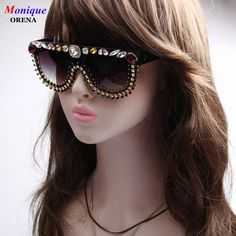 e40b5a62ed5b 2017 NEW Fashion Original Design Women Sunglasses Vintage Exaggerate  Sunglasses For Female Luxury Crystal Oversized Eyeware
