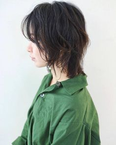 Style Grunge, Grunge Look, 90s Grunge, Grunge Outfits, Soft Grunge, Asian Short Hair, Short Hair With Bangs, Shot Hair Styles, Curly Hair Styles