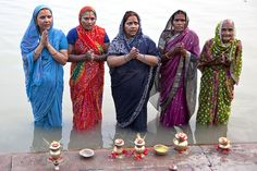 Souls of my Shoes India Culture, Varanasi, Incredible India, Indian Beauty, Nepal, Photo Art, Kimono Top, The Incredibles, Photography