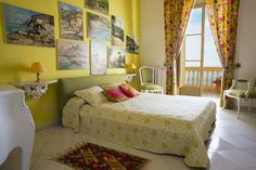 Villa Terrazza: beautiful historic villa in Sorrento, Italy Amalfi Coast, Terrazzo, Villa, Sorrento Italy, Bedroom, Furniture, Home Decor, Beautiful, Homemade Home Decor