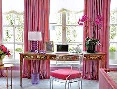 Pink Decor of a Home Working Space | Picsdecor.com