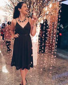 """166 Likes, 13 Comments - Stella Vasconcelos (@diga_xs) on Instagram: """"Só pra exibir meu vestido LINDO de R$16 lá dos Seareiros aqui nesse cenário lindo de casamento """""""