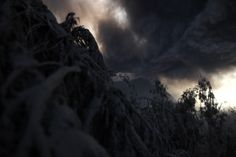 Monte Bromo vulcão, uma atração turística popular no leste de Java, na Indonésia, começou a mostrar sinais de atividade com uma grande erupção em lançando pedras e cinzas de 2.000 metros no ar. Fotógrafo: Christophe Archambault.