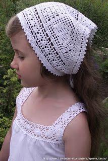 Hobby lavori femminili - ricamo - uncinetto - maglia: foulard