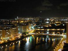 A Veneza Brasileira que é linda de manhã, de tarde e de noite. Recife - Pernambuco - Brasil.