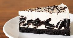This Oreo Cheesecake Is Cookies And Cream At Its Best!