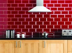 red tiled splashback   Google Image Result for http://beautifulkitchens.files.wordpress.com/2012/04/ebro.jpg%3Fw%3D450%26h%3D334