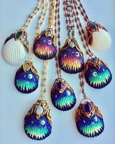 Shop link is in my bio! Shop link is in my bio! The post Mermaid moonlight . Shop link is in my bio! appeared first on Schmuck ideen. Seashell Painting, Seashell Art, Seashell Crafts, Beach Crafts, Mermaid Jewelry, Seashell Jewelry, Beaded Jewelry, Handmade Jewelry, Seashell Necklace