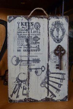 Tabla envejecida con betún de judea y decorada con transfer Decoupage Vintage, Decoupage Art, Tree Crafts, Wood Crafts, Diy And Crafts, Arts And Crafts, Arte Pallet, Pallet Art, Image New