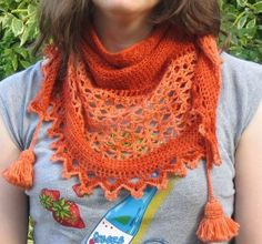 Juliana-sjaal = omslagdoek driehoek. CharAmi. Mooi!