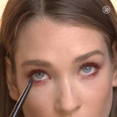 Velvet-like lashes with a pop of color