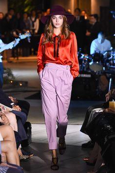 フィラージュ、日本の新ウィメンズブランドローンチ - 17年春夏は質感での遊びをキーワードに - ファッションプレス Pants, Collection, Style, Fashion, Trouser Pants, Swag, Moda, Fashion Styles, Women's Pants