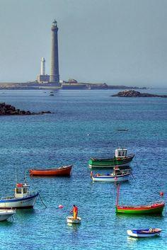 Phare de Île Vierge, Brittany   le phare de l ile vierge a quelques pas de l aber wrac h le phare de l ...