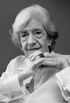 Ana María Matute..
