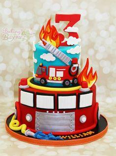 Firetruck Cake - Comme un camion Firefighter Birthday Cakes, Truck Birthday Cakes, Fireman Birthday, Fireman Party, Adult Birthday Cakes, 4th Birthday, Birthday Ideas, Fire Engine Cake, Fireman Sam Cake