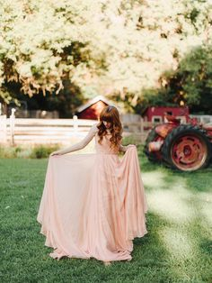 Leanne Marshall wedding dress // a&be bridal shop  photographer levi tijerina photography • florist lalé florals venue river bend and lyons farmette {lyons, co} • stylist emily smoot hair matthew morris salon • make-up alchemy mineral blends