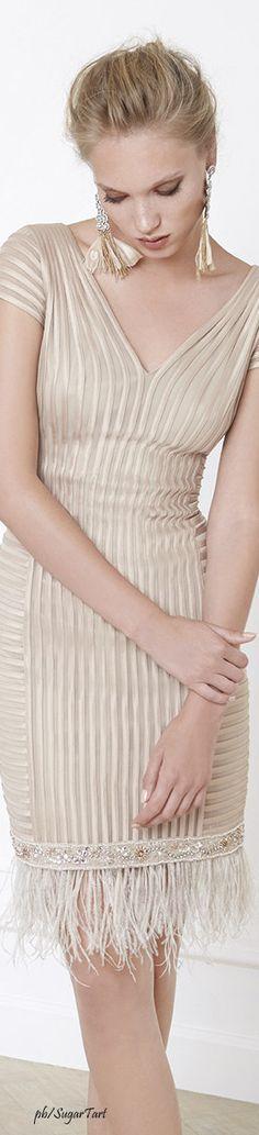 126 Mejores Imágenes De Vestidos Beige En 2019 Vestidos
