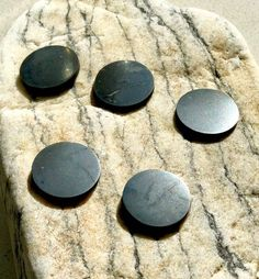5 Shungit tiles 18mm,Family protecting kit,EMF protection, Tile for a cellphone,Shungite tile, Healing stone,Protecting crystals,Magic stone by ShungitUniverse on Etsy