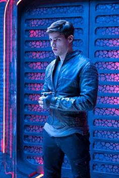 """Syfy has establish the premiere time frame for the Superman prequel series """"Krypton."""" Matching to a teaser put up on the show's public Twitter and Facebook web pages, """"Krypton"""" will premiere on Wednesday, March 21, 2018. The network, however, has yet to declare the series' time slot. Combined with the announcement of the show's release particular date, Syfy has also released three new photos from the upcoming series. The pictures feature Superman's grandfather Seg-El (Cameron Cuffe) and…"""