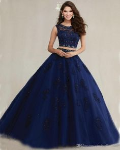 Dress Pretty quinceanera dresses, 15 dresses, and vestidos de quinceanera. We have turquoise quinceanera dresses, pink 15 dresses, and custom quince dresses! Lace Ball Gowns, Ball Gowns Prom, Ball Dresses, Prom Dresses, Formal Dresses, Dresses 2016, Evening Dresses, Party Gowns, Party Dress