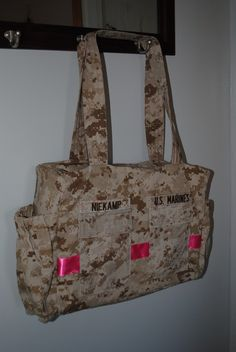 Love this except Air Force and no ribbon on it and then inside material to match baby roolm Usmc, Marines, Marine Corps Baby, Camo Diaper Bags, Air Force Love, Military Brat, Baby Shower, Our Kids, Things To Buy