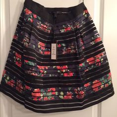 Romeo and Juliet couture skirt Brand new Romeo and Juliet couture skirt- size small Romeo & Juliet Couture Skirts