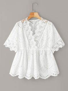 To find out about the Plus Eyelet Embroidery Scallop Trim Blouse at SHEIN, part of our latest Plus Size Blouses ready to shop online today! Plus Size Blouses, Plus Size Tops, Blouse Peplum, Women's Fashion Dresses, Cotton Dresses, Blouse Designs, Blouses For Women, Plus Size Fashion, Ideias Fashion