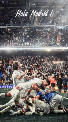Foto Club Football, Real Madrid Football Club, Real Madrid Players, Football Players, Real Madrid Time, Ronaldo Real Madrid, Cristiano Ronaldo Junior, Cristiano Ronaldo Juventus, Real Mardid