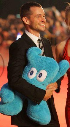 hugh dancy fluffy - Twitter検索