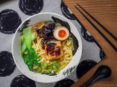 Ramen, Pak Choi, Snacks, Spaghetti, Ethnic Recipes, Food, Browning, Noodles, Angler Fish