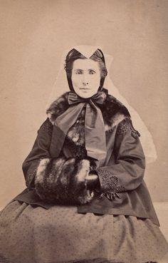 1863 British - wearing white veil