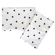 Locally made, this beautiful cotton percale baby bedding set with wave print will look just perfect in a contemporary baby space. This set includes a standard cot size duvet cover and pillowcase. Baby Duvet, Toddler Duvet, Baby Bedding Sets, Bed Sizes, Beautiful Bedding Sets, Star Bedding, Baby Couture, Pink Stars