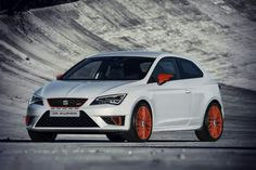 """topgear: """" Meet Seat's hardcore Leon Cupra """"At last, you can buy the first hot hatch to dip below eight minutes at the Nürburgring. Yours for """"Thought the Nürburgring hot hatch war had. Car Buying Guide, Car Guide, New Sports Cars, Sport Cars, Gq, Mercedes Benz, Seat Cupra, Megane Rs, Barcelona"""